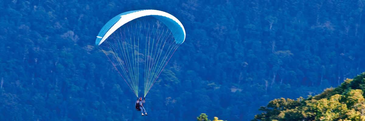 Paragliding and hang gliding on Tamborine Mountain