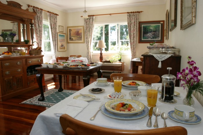The Breakfast and Dining Room is bright welcoming and comfortable. A perfect complement to your Mt Tamborine accommodaiton.