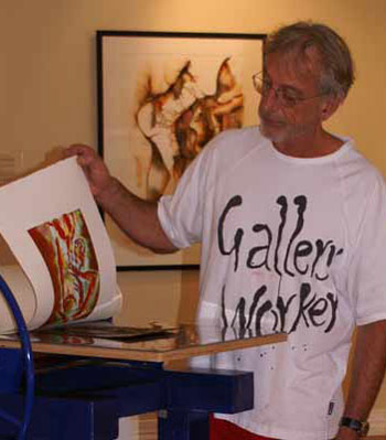 Gallery Works gallery and studio Mt Tamborine. Close to your accommodation at Amore Bed and Breakfast in Mt Tamborine